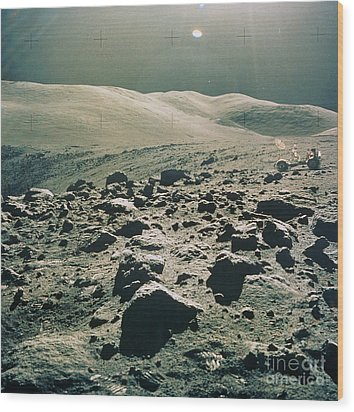 Lunar Rover At Rim Of Camelot Crater Wood Print by NASA / Science Source