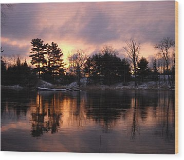 Mississippi River Dawn Light Wood Print