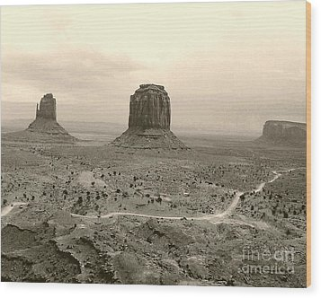 Monument Valley Panorama At Dusk Wood Print by Merton Allen