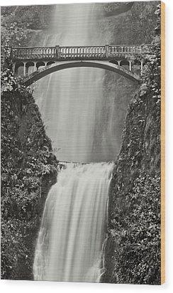 Multnomah Falls Upclose Wood Print