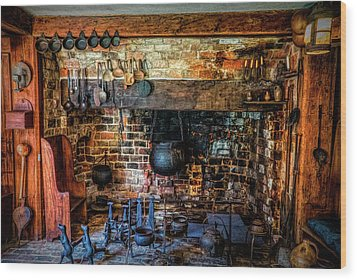 Old Kitchen Wood Print