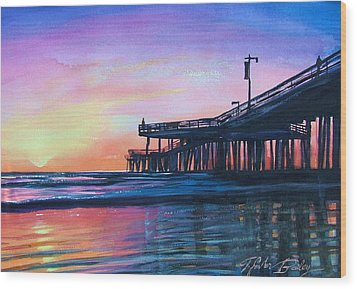 Pismo Pier Sunset Wood Print by Therese Fowler-Bailey