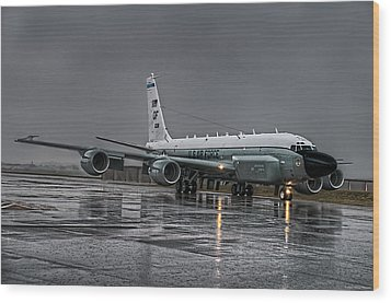 Rc-135 Rivet Joint Wood Print by Ryan Wyckoff
