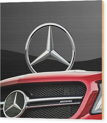 Red Mercedes - Front Grill Ornament And 3 D Badge On Black Wood Print by Serge Averbukh