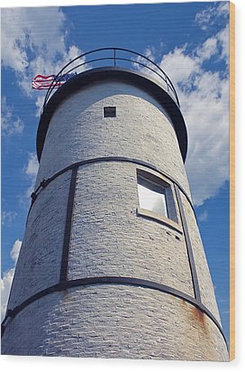 Sandy Neck Lighthouse Wood Print by Charles Harden