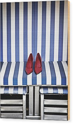 Shoes In A Beach Chair Wood Print by Joana Kruse