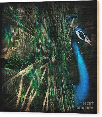 Splendour Wood Print by Andrew Paranavitana
