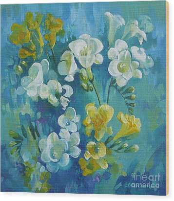 Spring Fragrances Wood Print by Elena Oleniuc