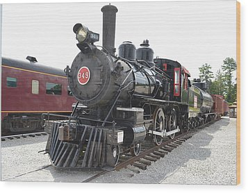 Steam Engline Number 349 Wood Print by Linda Geiger