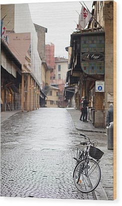Streets Of Florence Wood Print by Andre Goncalves