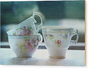 Tea For Three Wood Print by Bonnie Bruno