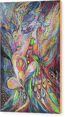 The King Bird Wood Print by Elena Kotliarker