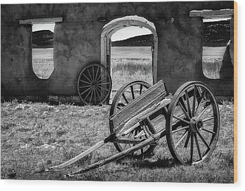Wagon Wheels In Bw Wood Print by James Barber