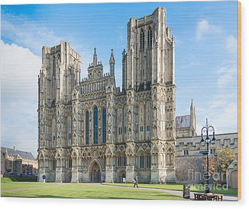 Wells Cathedral Wood Print by Colin Rayner