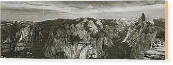 Yosemite National Park  Wood Print by John Hix