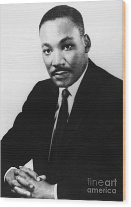 Martin Luther King, Jr Wood Print by Granger