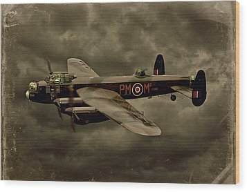 Wood Print featuring the photograph 103 Squadron Avro Lancaster by Steven Agius