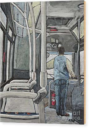 107 Bus On A Rainy Day Wood Print by Reb Frost