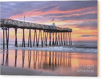 14th Street Pier Ocean City Nj Wood Print by John Loreaux