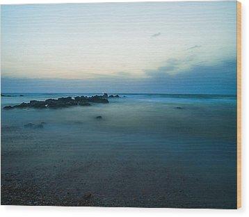 15 Seconds Wood Print by Meir Ezrachi
