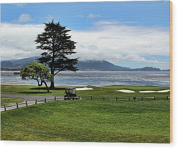18th At Pebble Beach Horizontal Wood Print