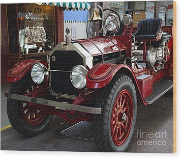 1917 American La France Type 12 Fire Engine Wood Print by Wingsdomain Art and Photography