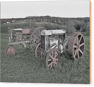 1923 Fordson Tractors Wood Print by Mark Allen