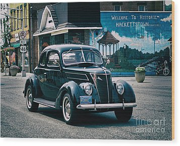 1937 Ford Sedan Wood Print