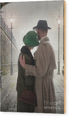 1940s Couple At Dusk  Wood Print