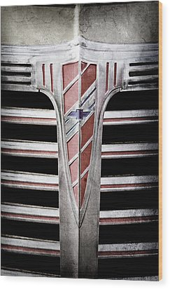 Wood Print featuring the photograph 1941 Chevrolet Grille Emblem -0288ac by Jill Reger