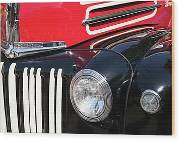 Wood Print featuring the photograph 1947 Vintage Ford Pickup Truck by Theresa Tahara