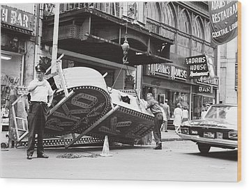Wood Print featuring the photograph 1965 Removing Rko Theater Sign Boston by Historic Image