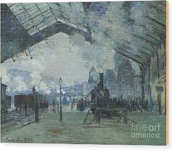Arrival Of The Normandy Train Gare Saint-lazare Wood Print by Claude Monet