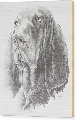Black And Tan Coonhound Wood Print by Barbara Keith