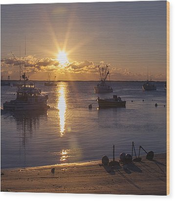 Wood Print featuring the photograph Chatham Sunrise by Charles Harden