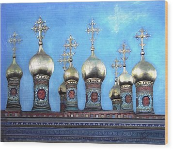 Domes Above The Moscow Kremlin Wood Print by Janet Grappin