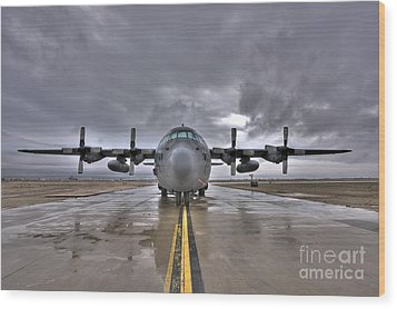 High Dynamic Range Image Of A U.s. Air Wood Print by Terry Moore