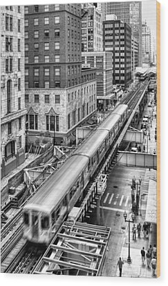 Historic Chicago El Train Black And White Wood Print