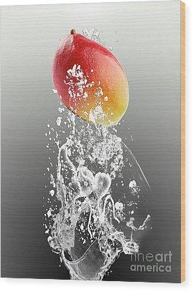 Mango Splash Wood Print