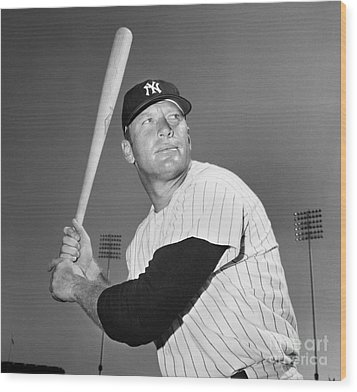 Mickey Mantle (1931-1995) Wood Print by Granger