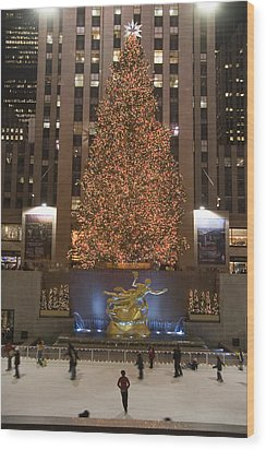 Rockefeller Center And The Famous Wood Print by Taylor S. Kennedy