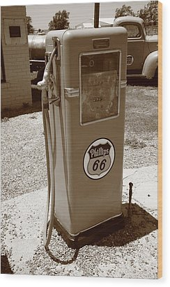 Route 66 Gas Pump Wood Print