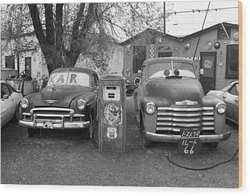 Route 66 - Snow Cap Drive-in Wood Print by Frank Romeo