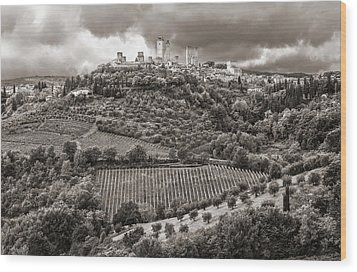 San Gimignano Tuscany Italy Wood Print by Carl Amoth