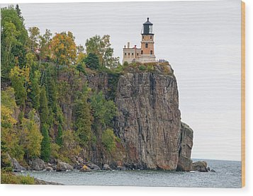 Split Rock Lighthouse Wood Print by Steve Stuller