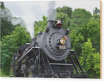 Steam Engline Number 630 Wood Print by Linda Geiger