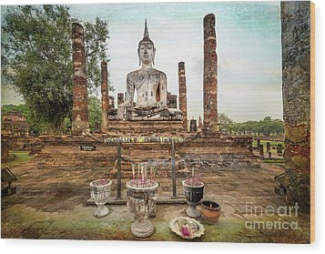 Wood Print featuring the photograph Sukhothai Buddha by Adrian Evans