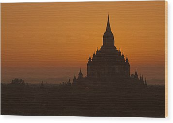 Temples Of Bagan Wood Print by Arabesque Saraswathi