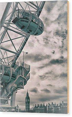The London Eye Wood Print by Martin Newman