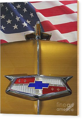 1954 Chevrolet Hood Emblem Wood Print by Peter Piatt
